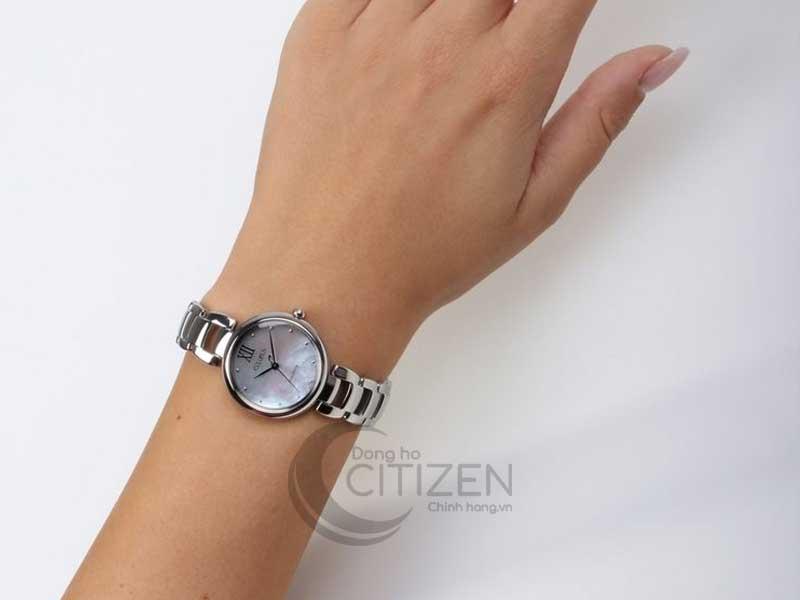 đồng hồ Citizen EM0530-81D