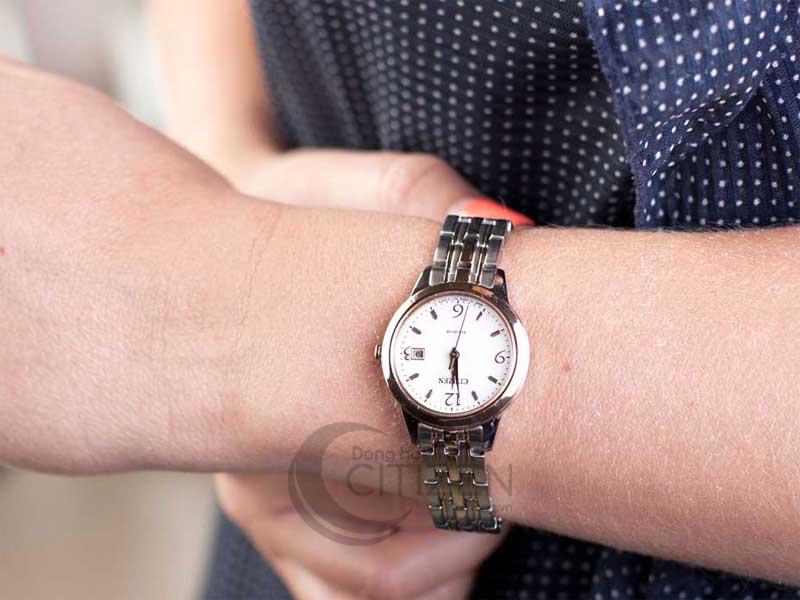 đồng hồ Citizen EW2234-55A