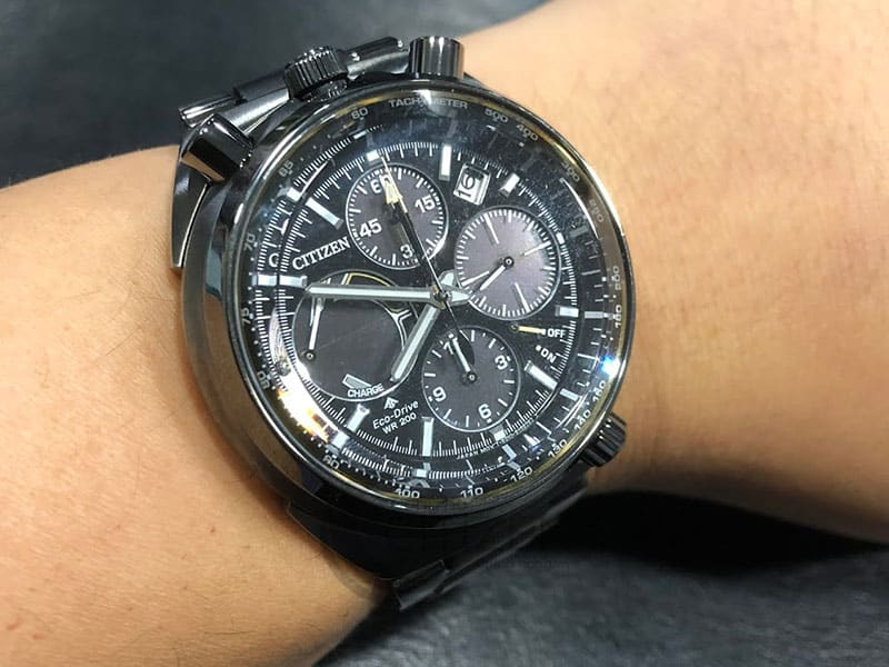 đồng hồ citizen av007-82e