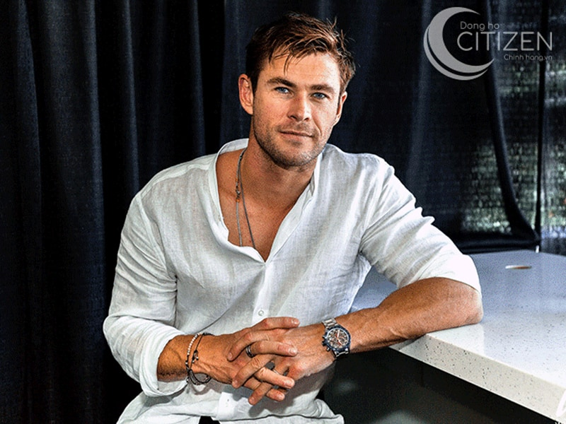 Chris Hemsworth thường diện những bộ áo casual thoải mái và đầy cá tính.