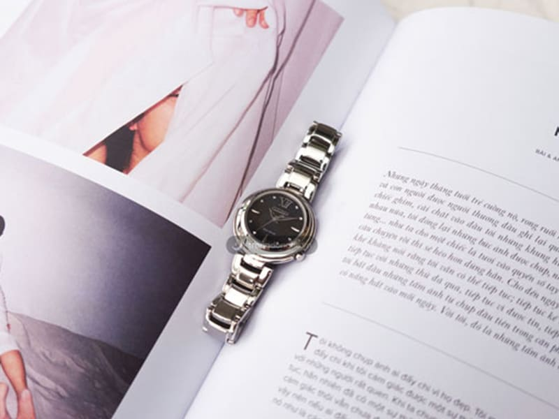 Đồng hồ Citizen L EM0331-52E Sapphire