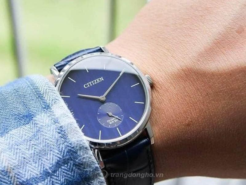 Đồng hồ Citizen BE9170-05L thiết kế sang trọng và lịch lãm, với chất liệu thép trắng, mặt xanh tinh tế cùng kim rốn đậm chất cổ điển.