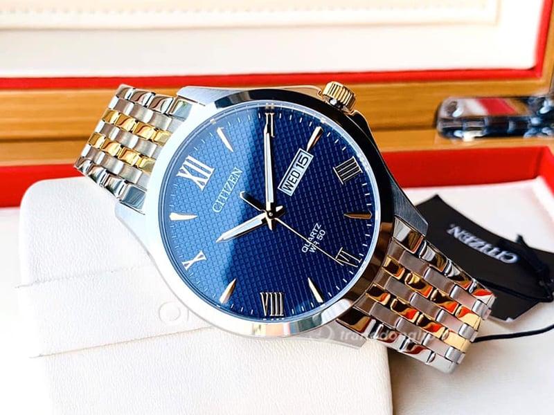 Citizen Quartz BF2024-50L đẹp hút hồn với mặt caro xanh và dây demi gold hoà quyện vào nhau