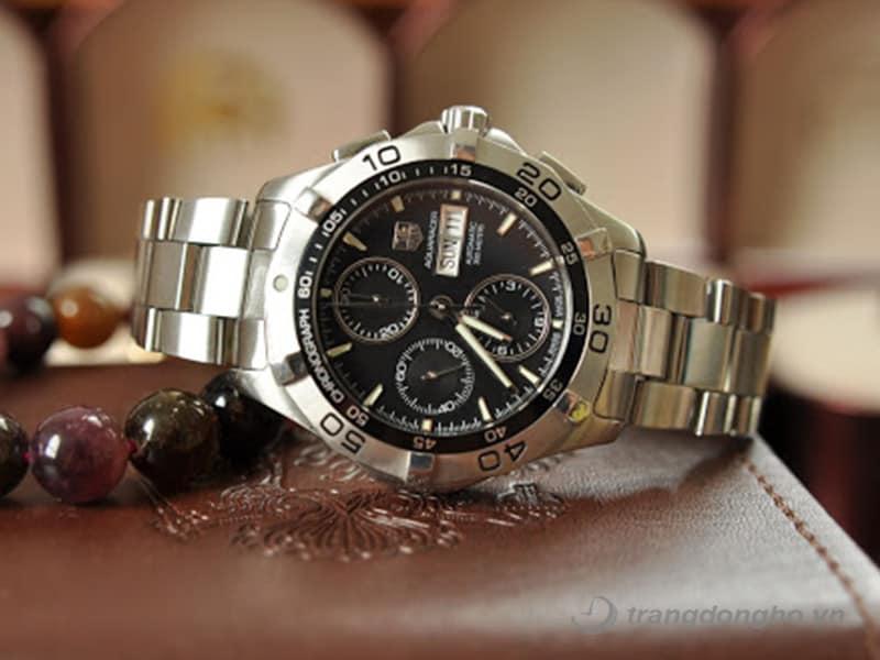 17. Đồng hồ TAG Heuer