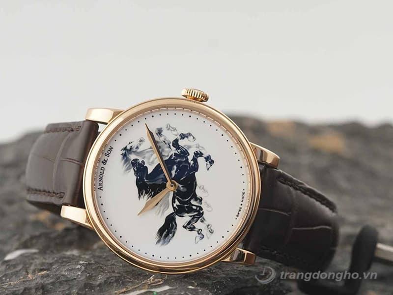 28. Đồng hồ Arnold & Son
