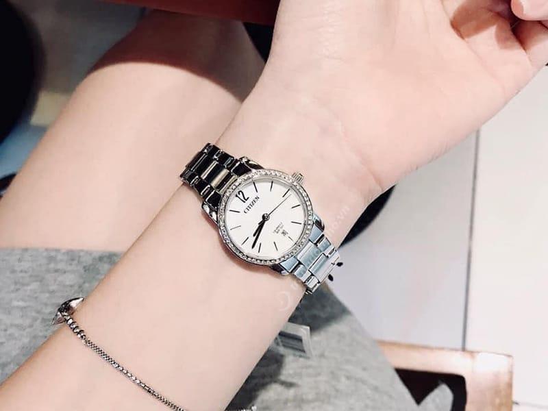 Đồng hồ Citizen EU6030-81D mặt trắng khảm trai sáng đẹp