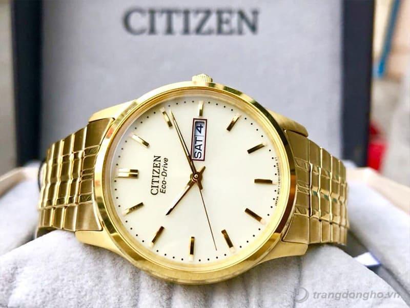 Mặt đồng hồ Citizen BM8452-99P chải tia thu hút mọi ánh nhìn